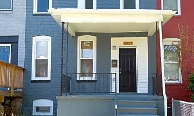 2857 W Garrison Ave, 1