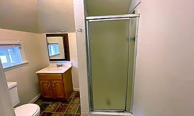 Bathroom, 623 California St, 2