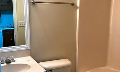 Bathroom, 100 Ballygar St, 2