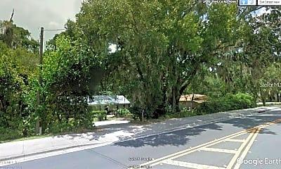 2418 SE Lake Weir Ave, 2
