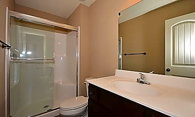 Bathroom, Kinsley Forest Townhomes by Bristile Properties, 2