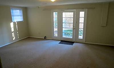 Living Room, 5307 Pooks Hill Rd, 1