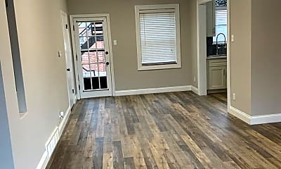 Living Room, 10820 Big Bend Rd, 1