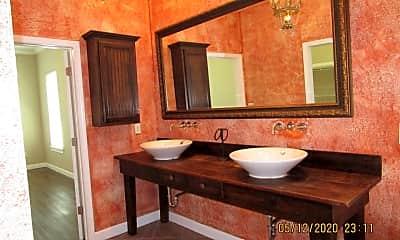 Bathroom, 4007 Oak Forest Dr, 2