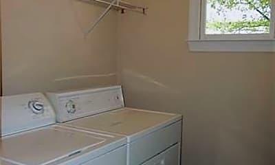 Bathroom, 1830 Hall Ave, 2