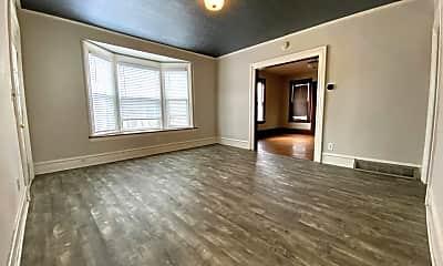 Living Room, 719 Livingston Ave NE, 1