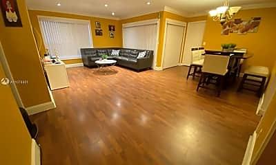 Living Room, 3755 Cocoplum Cir 3566, 0