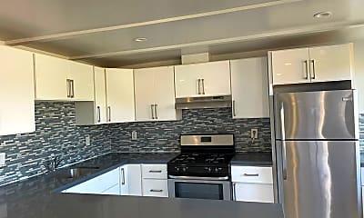 Kitchen, 5205 Potrero Ave, 0