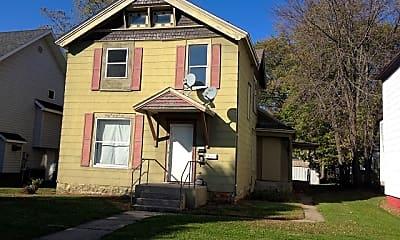 Building, 823 4th Ave NE, 0