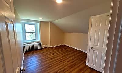 Living Room, 211 S Henderson Rd 5, 2