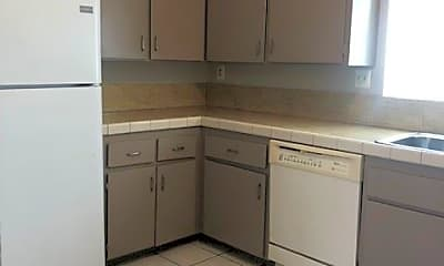 Kitchen, 241 S Weitzel St, 1