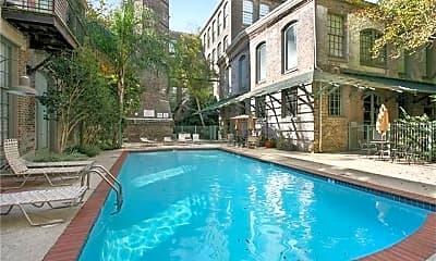 Pool, 920 Poeyfarre St #211, 0