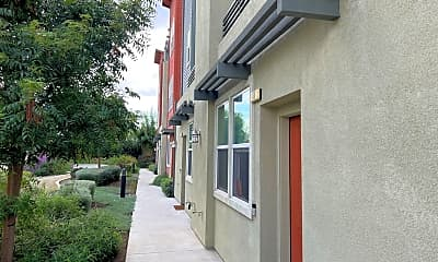 Building, 184 N Orange Ave, 1