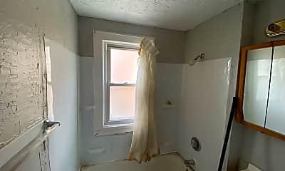 Bathroom, 18898 Ironwood Ave, 2