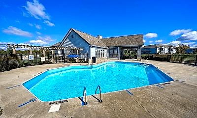 Pool, 610 Redwood Ln, 2