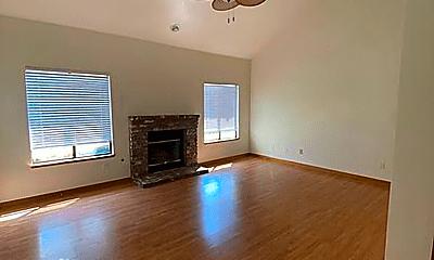 Living Room, 5018 Clairmont Dr, 0