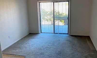 Living Room, 400 Willow Way, 2