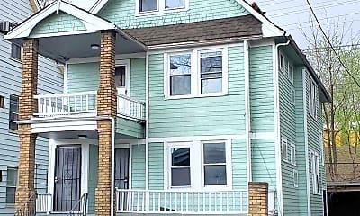 Building, 709 E 131st St, 1