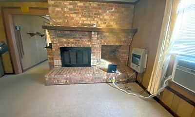 Living Room, 4140 Atlanta St, 1