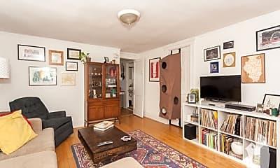 Living Room, 2015 W Iowa St, 1