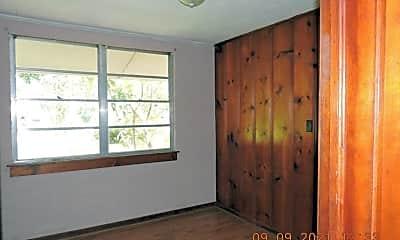 Bedroom, 455 S Carrollton Ave, 2