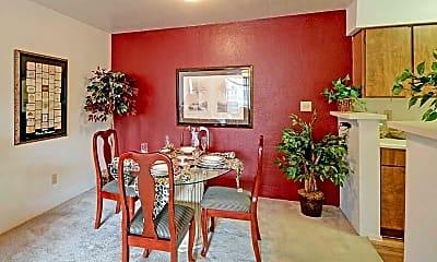 Dining Room, 77041 Properties, 2