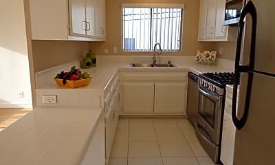 Kitchen, 4311 Haines St, 1