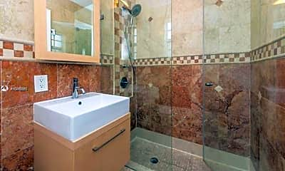 Bathroom, 1551 West Ave, 2