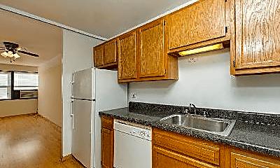 Kitchen, 830 W Buena Ave, 1