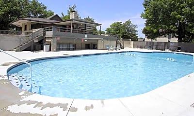 Pool, Briar Hill Apartments, 0