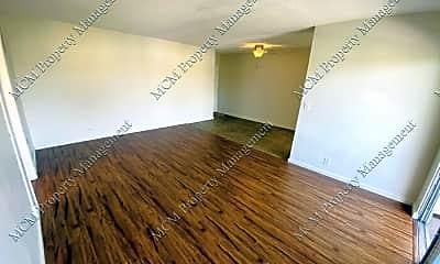 Living Room, 3945 W 8th St, 2