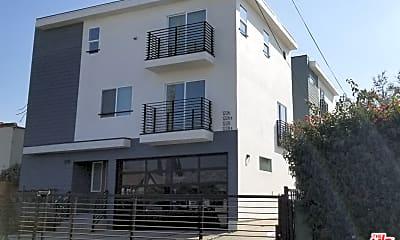 Building, 1228 N Kenmore Ave 1/2, 0