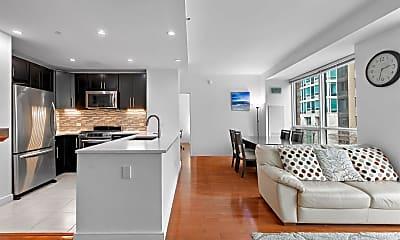 Kitchen, 1 Shore Ln 320, 0