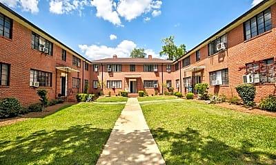 Building, 648 E Park Ave, 2