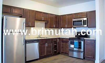 Kitchen, 3225 S 900 E, 1