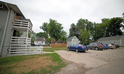 Building, 895 Howard St, 2