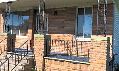 Building, 12620 Moran St, 2