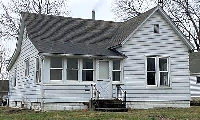 Building, 301 N 10th St, 0