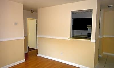 Westfield Ridge Apartments, 1