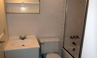 Bathroom, 211 Waugh St, 2