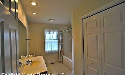 Bathroom, 112 Southgate Ln, 2