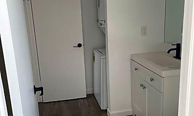 Bathroom, 1725 E Cambridge Ave, 1
