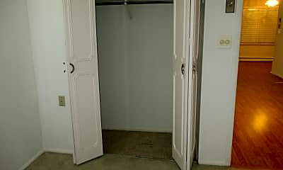 Bedroom, 101D Edinburgh Ln 1004, 2