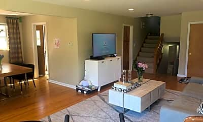 Living Room, 433 Jefferson Ave, 1
