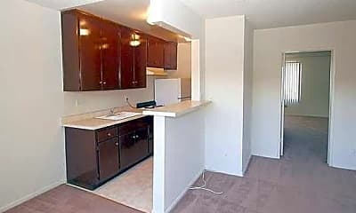 Valley Town House Apartments, 2