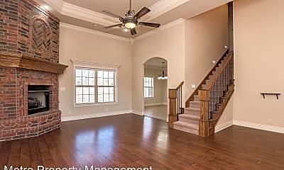 Living Room, 1100 SE Phoenix St, 1