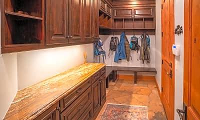 Kitchen, 189 Saddleback Ln, 2