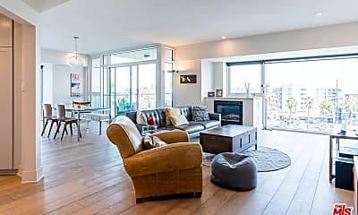 Living Room, 13600 Marina Pointe Dr 603, 1