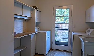 Kitchen, 793 Clarkston Drive, 1