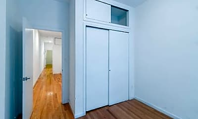 Bedroom, 221 E 85th St, 1